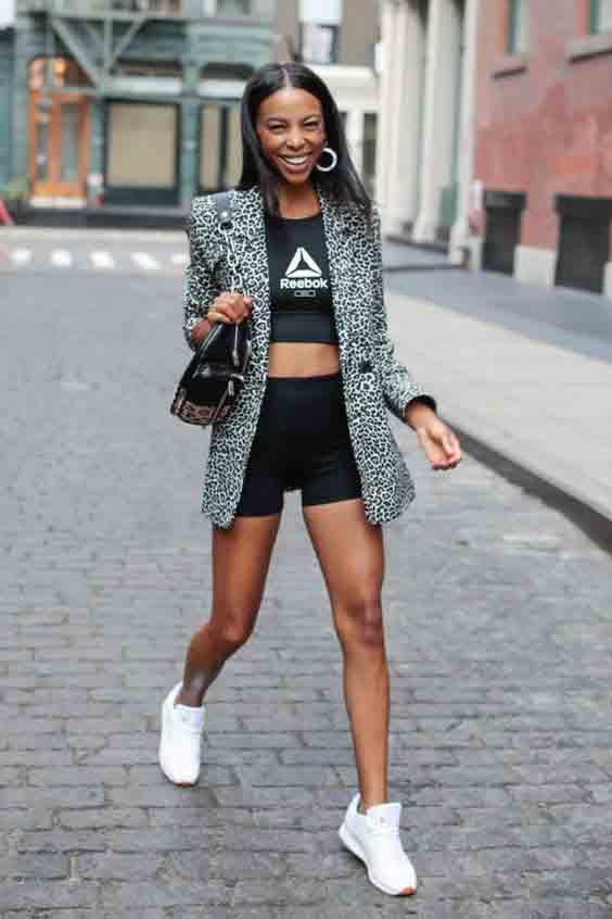 Inspirações de looks com shorts e blazer