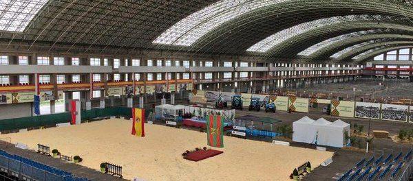 Mercado nacional de ganados en Torrelavega
