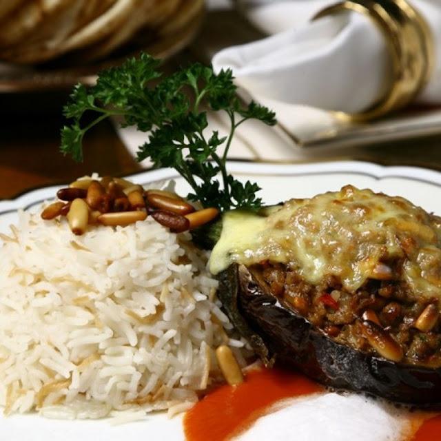 Sheikh El Mahshi (Eggplant & Meat Filling)
