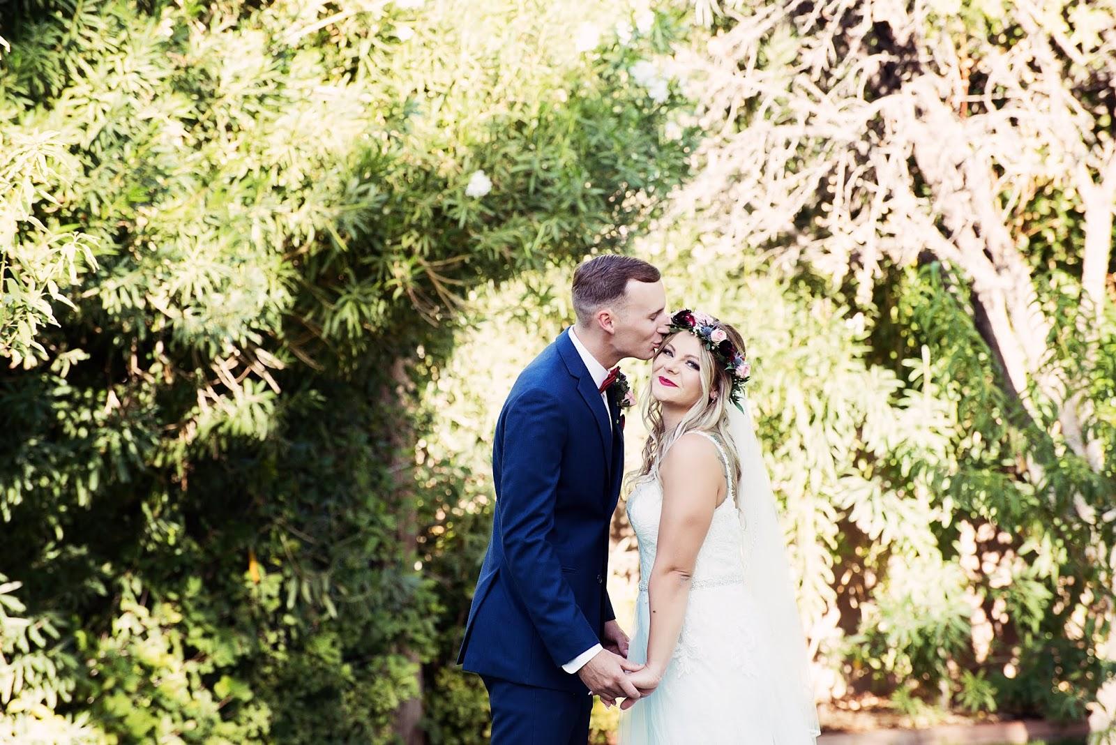 .Brittany & Timothy.Las Vegas Wedding Photographer-Julie Dawn Photography