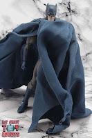 MAFEX Batman (Batman: Hush) 15