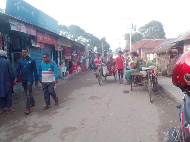 বান্দাইখাড়া বাজারে টয়লেট ব্যাবস্থা না থাকায় সর্ব সাধারণের ভোগান্তী