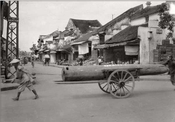 Hà Nội xưa - đường Nguyễn Hữu Huân