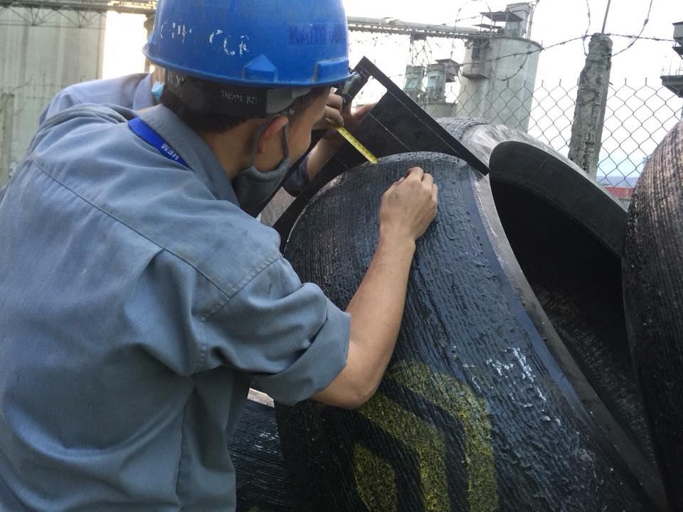 Dây hàn D-100Mo dùng cho hàn đắp chống mòn bề mặt con lăn tấm lót bàn nghiền