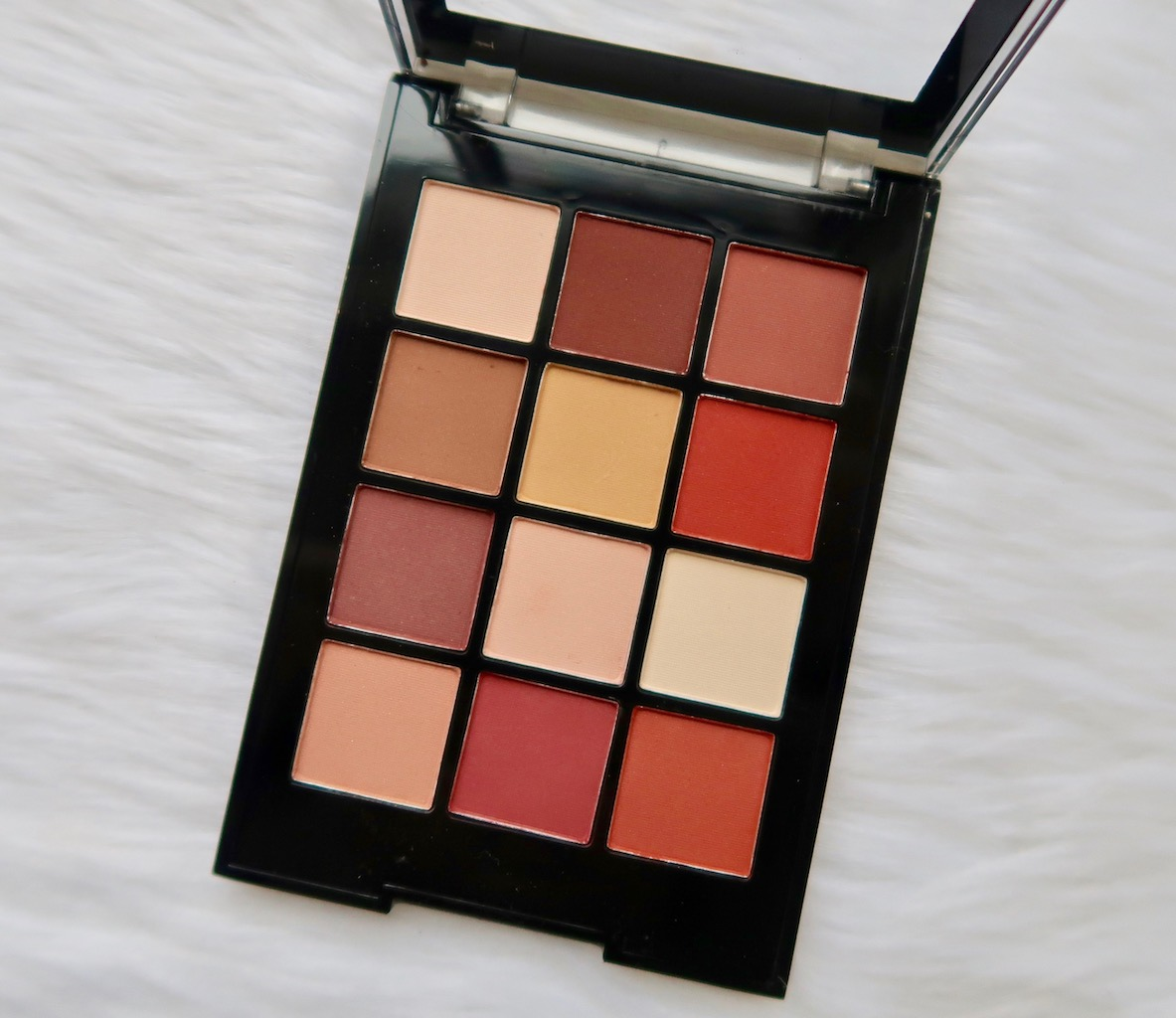 Ever Bilena Eyeshadow Palette Brown - The Cover Letter For