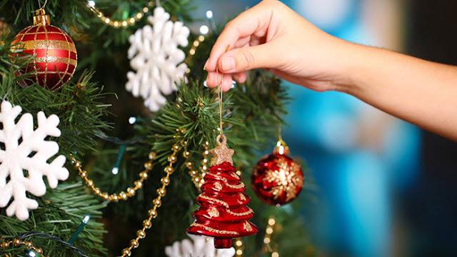 Ετοιμάζονται για τον Χριστουγεννιάτικο στολισμό στην Ερμιόνη