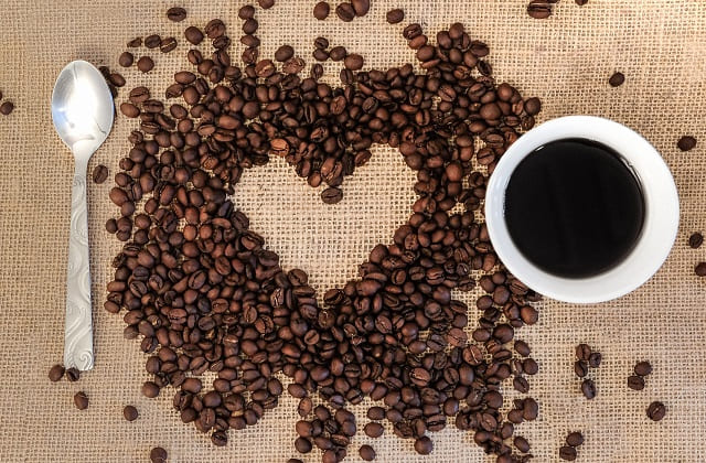 filosofi kopi dan kisah cinta