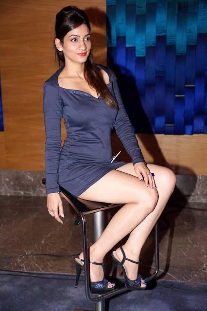 Shivangi Tamil Beautiful Actress Beautiful Thighs Pics Actress Trend