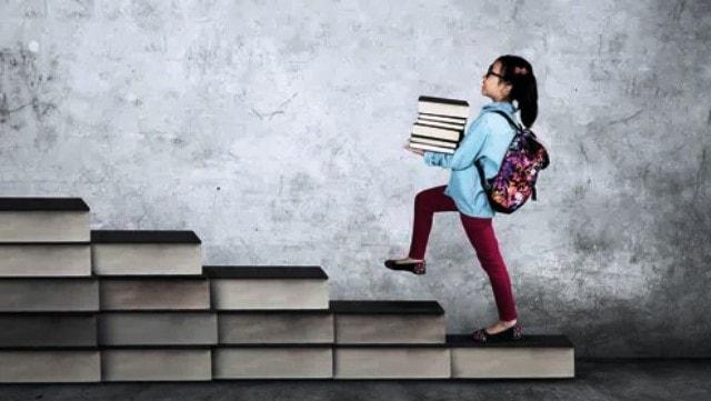 Kedua, kasus buku Pelajaran