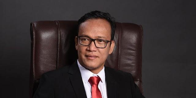 Selain Setop Fasilitas Hotel, Joman Desak Puan Maharani Pecat Setjen DPR karena Rangkap Komisaris BUMN