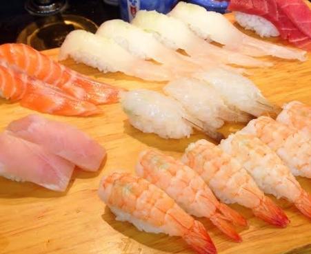 Makanan Laut Tuna