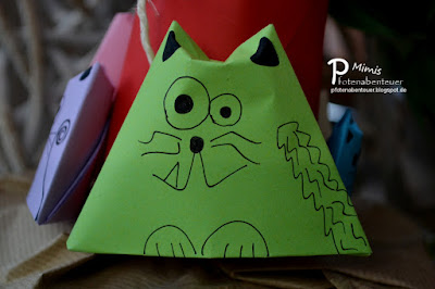 Gebastelte Katze aus Papier