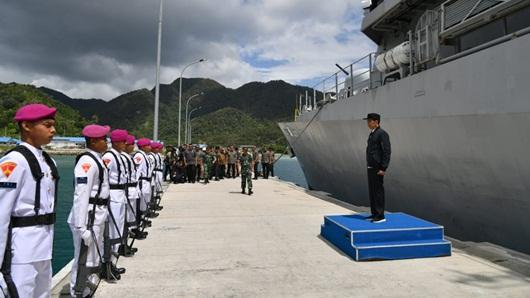Jokowi Berkunjung ke Natuna Utara, Kapal Cina Kabur Tinggalkan ZEE
