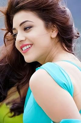 Anushka Sharma hot lips image