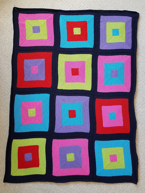 Click to find out more about this easy bright crochet colour block blanket.