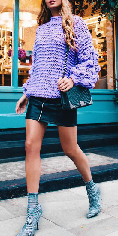 25 Best Extra Nice Winter Outfits to Wear Now.  winter outfits fashion winter clothes style pretty winter outfits ootd winter casual winter leggings outfit #casual #casualstyle #casualoutfits #dresses