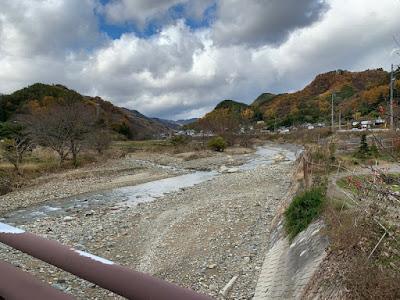 霊泉寺川と内村川の合流地点