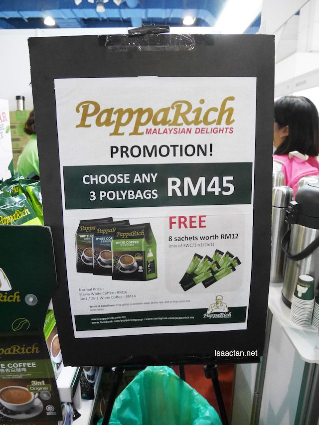PappaRich promotion at their booth