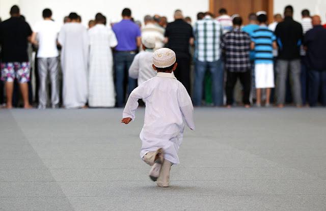Boleh Ke Tangguhkan Solat Jumaat Dan Solat Jemaah Di Masjid? Ikuti Penerangan Ini