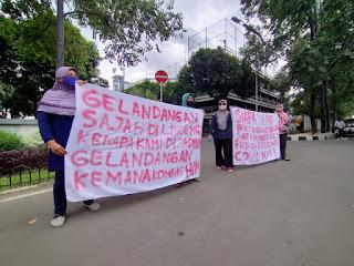 Aksi Nekat Emak Emak Jebol Puspemkot Tangerang