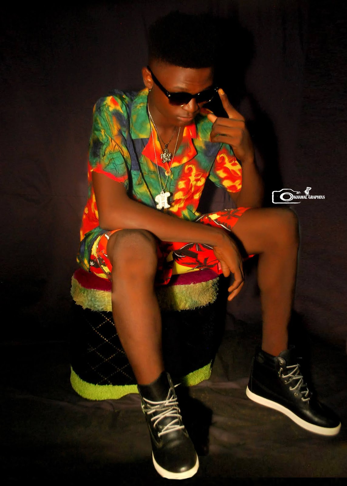 [Artist Biography] Dinxy Hotking - based in Abuja #Arewapublisize