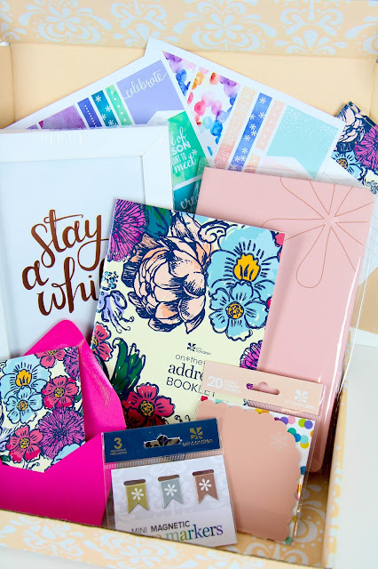 Erin Condren Spring Seasonal Surprise Box Review