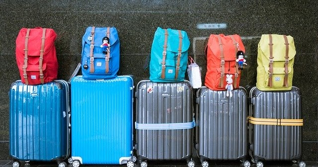 CAN YOU CARRY A BACKPACK ON SPIRIT AIRLINES FOR FREE?