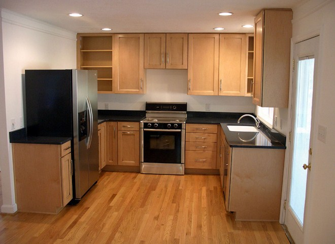 Small Kitchen Layout For Small House