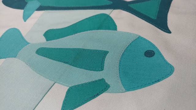 Raw edge applique fish quilt block