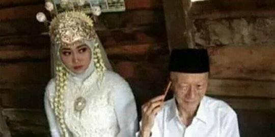 Viral Kakek 68 Tahun di Kalteng Nikahi Gadis 19 Tahun, Makan Suap-suapan Mesra Banget