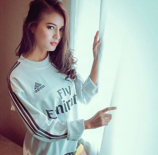 premium selection 07807 c22ed El Clasico girls last photos!