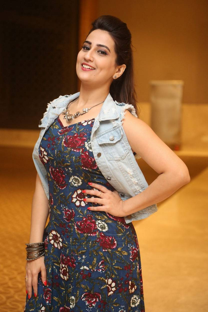 Indian TV Anchor Manjusha Dimple Stills In Blue Dress At Movie Trailer Launch