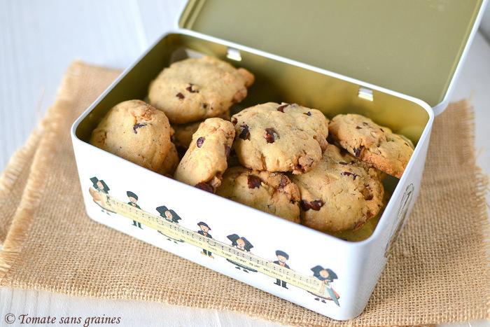 Cookies aux éclats de chocolat blanc et noisettes