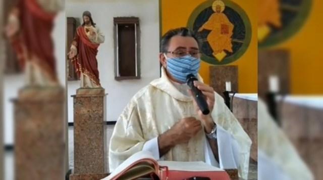 Padre diz que até cabaré abriu enquanto a igreja ficou fechada, em Junco do Seridó e causa grande repercussão