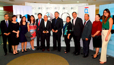 "Photo shows (left to right) Carlos Ma. G. Mendoza, Senior Country Officer for J.P. Morgan Philippines; Patricia Anne Javier-Gutierrez, J.P. Morgan Philippines Head of Communications; Ms. Russell Pili, DOST-PCIEERD Division Chief, RITTD; Katrina Chan, QBO Director; Rene ""Butch"" Meily, QBO and IdeaSpace President; Manuel V. Pangilinan, PLDT Chairman and Chief Executive Officer and Metro Pacific Investments Corporation Chairman; Fortunato de la Peña, DOST Secretary; Dr. Rowena Guevara, DOST Undersecretary; Dr. Enrico Paringit, DOST-PCIEERD Executive Director; Engr. Raul Sabularse, DOST-PCIEERD Deputy Executive Director; Diane Eustaquio, IdeaSpace Foundation Executive Director; and Natasha Bautista, QBO Head of Operations."