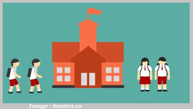 Dengan menerapkan administrasi berbasis sekolah maka akan diperoleh manfaat dan fungsi manaje Fungsi dan Manfaat Manajemen Sekolah