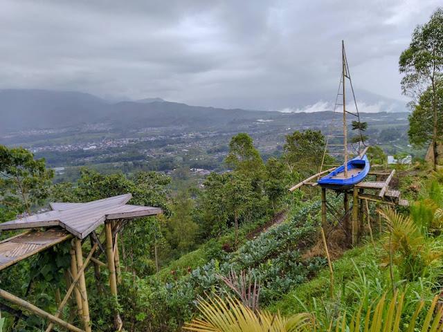 Bukit Di Daerah Malang