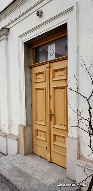 drzwi Warszawa Warsaw Paweł Sierakowski Jakub Kubicki  architektura Konwiktorska śródmieście