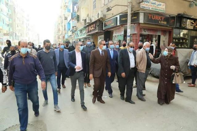 محافظ كفر الشيخ يتفقد أعمال التطوير بالشوارع وبالمحاور الجديدة ويتابع تطبيق الإجراءات الاحترازية