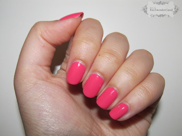 essence The Gel 76 coral me crazy