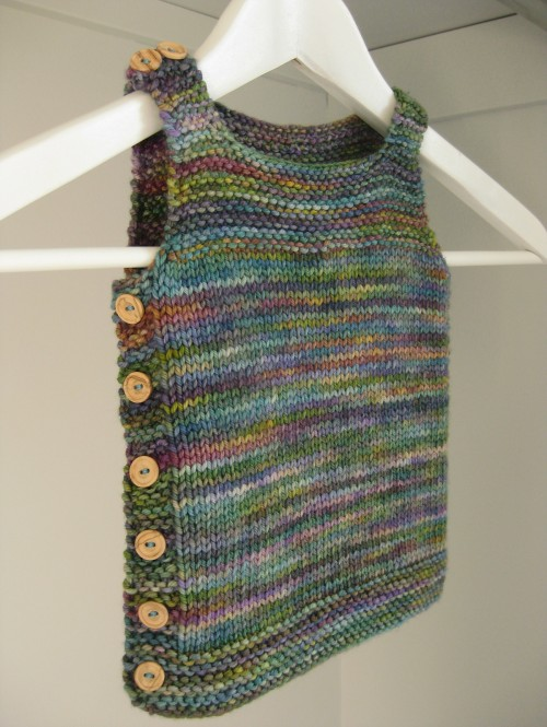 Pebble (Baby Vest) - Free Knitting Pattern