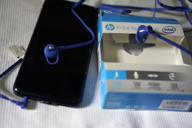 Menjajal In-Ear Headset 150 untuk mendengarkan lagu