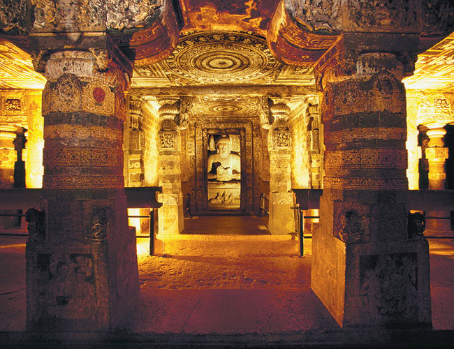 Xvlor Ajanta Caves is 29 Buddhist monastery carved on cliff in 200s BC