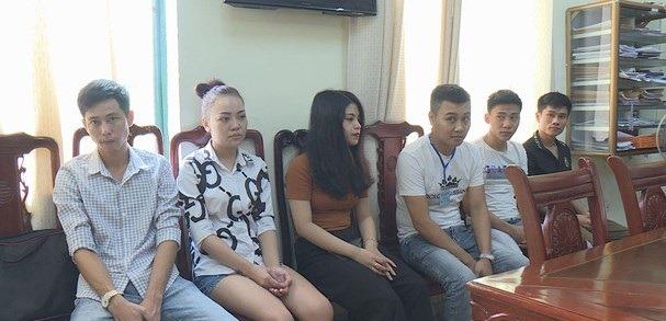 Cô gái 20 tuổi ở Nghệ An cùng nhóm thanh niên vào khách sạn 'bay lắc'