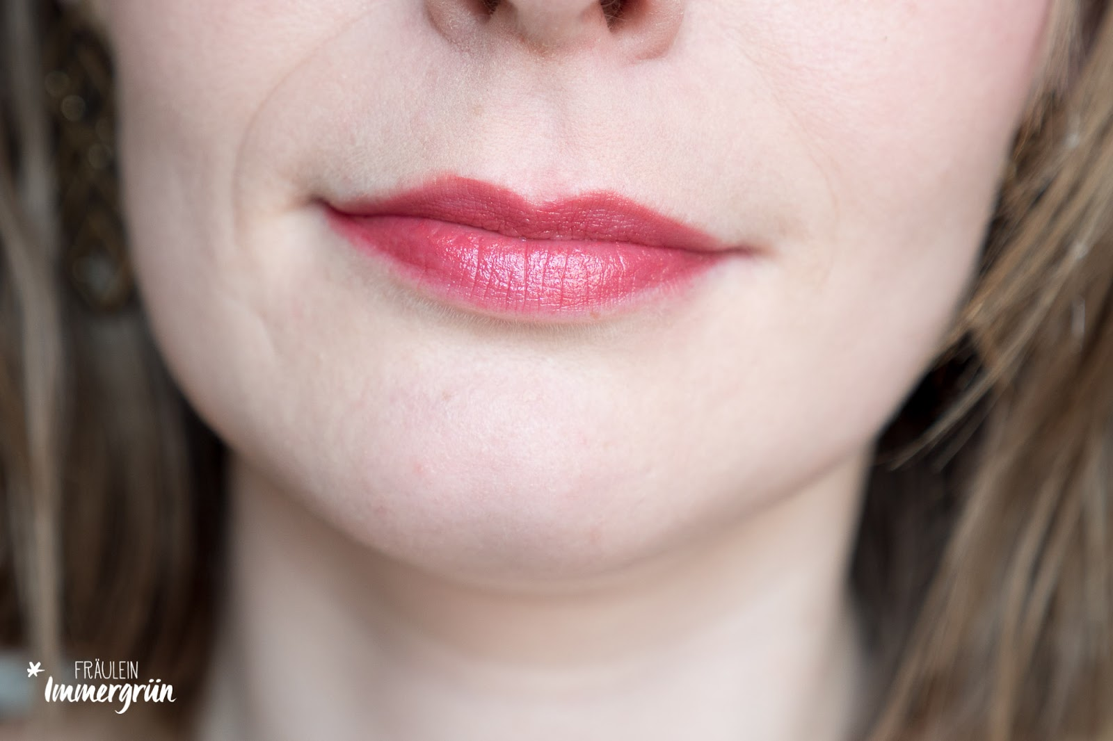 ARIA Pure Lipsticks von Hynt Beauty / Peonies Please / Lippenstift vegan, natürlich / Swatches, Tragefotos