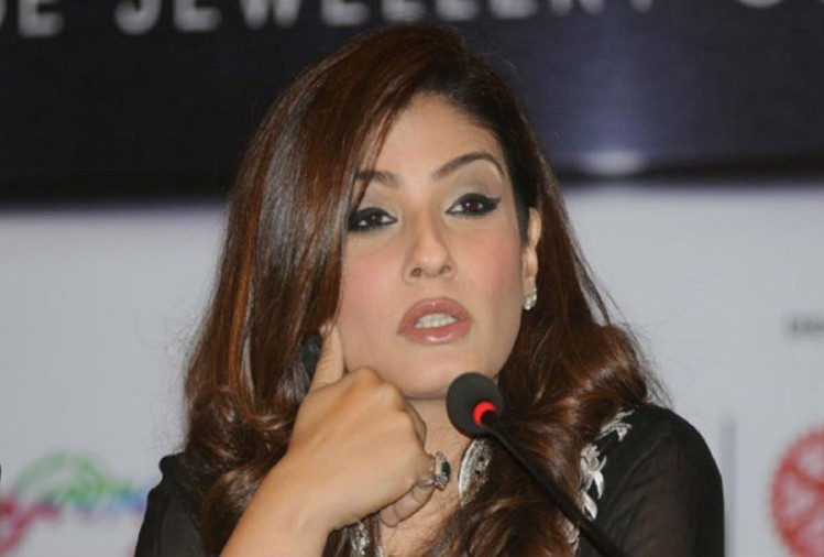 raveena-tandon-gets-angry-when-stones-pelted-at-police-when-they-went-to-check-attendee-of-delhi-tablighi-jamaat-event