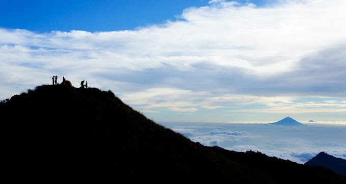 Trekking Package Mount Rinjani 4 days 3 nights via Senaru