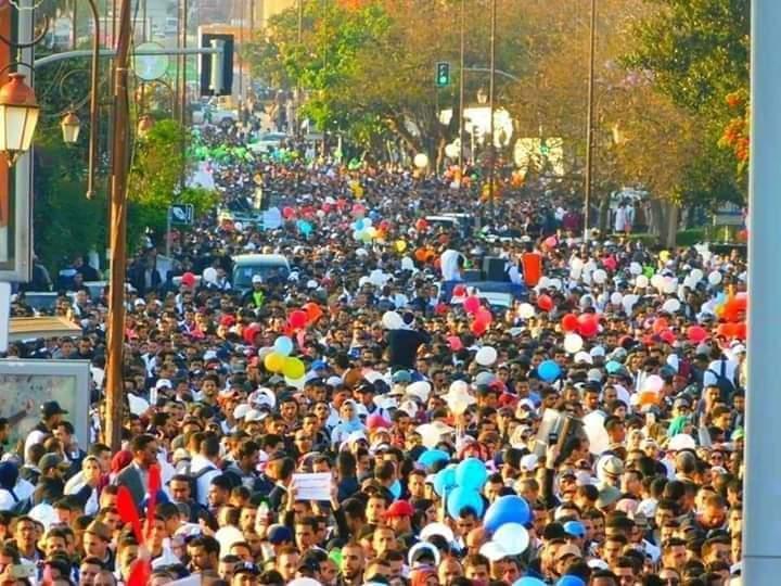 رغم فترة الامتحانات، أساتذة يقررون الاحتجاج باضرابهم عن الطعام  و خوض أشكال نضالية موازية