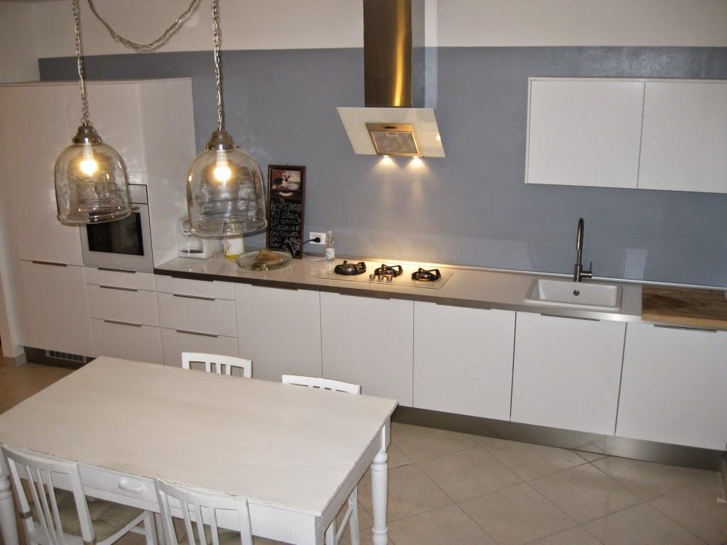 Top Cucina In Vetro | Cucina Lineare Bianca Arredamento Mobili ...