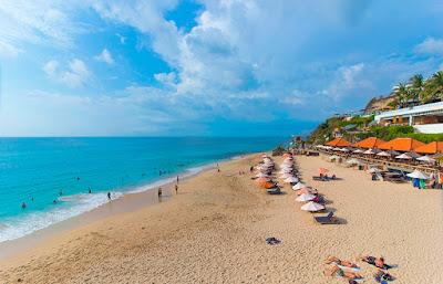 Pantai Dreamland Bali Indonesia